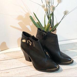 🍂Steve Madden November Block Heeled Ankle Boots